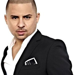 Larry Hernandez